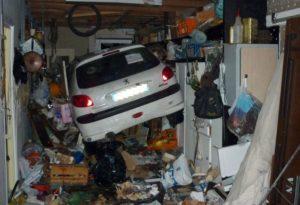 Garasje full